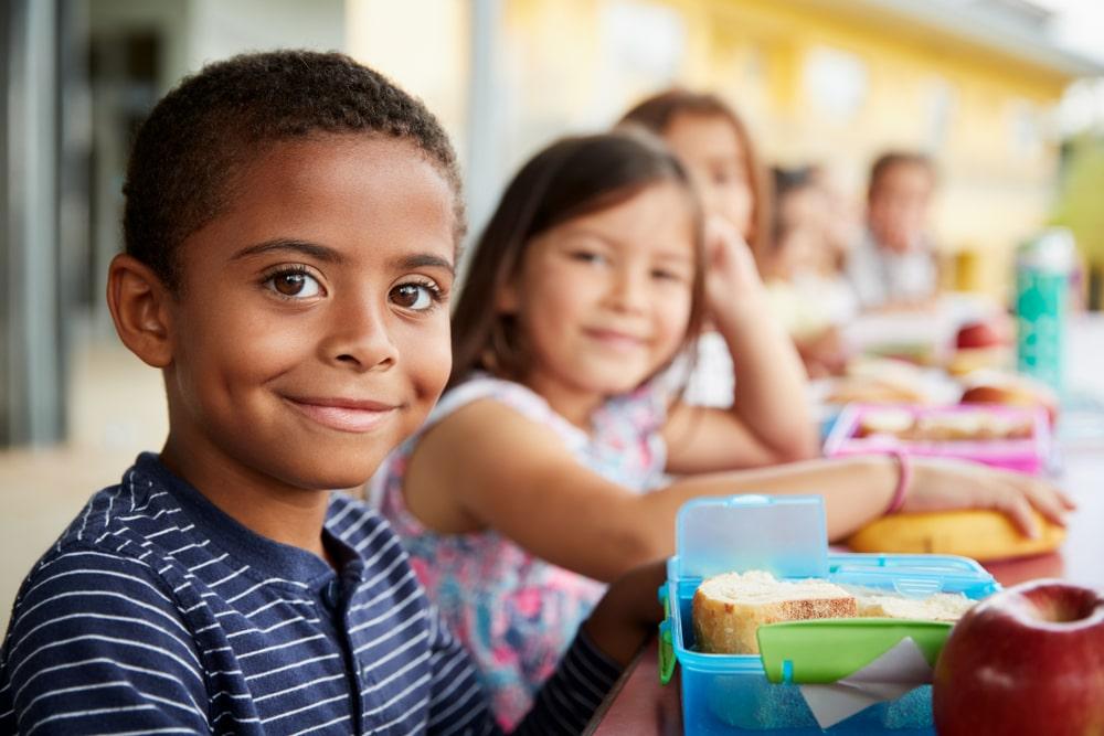 enfants à la rentrée scolaire